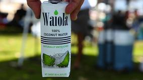 ハワイ生まれのココナッツウォーター「Waiola」、日本初の非遺伝子組み換え飲料として認定!