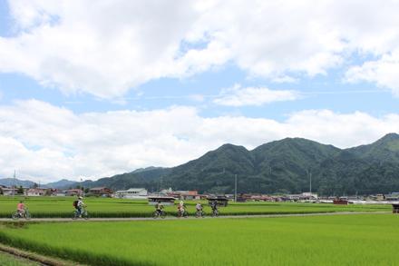 秋におすすめ!飛騨古川の日常を体験できるガイドツアー
