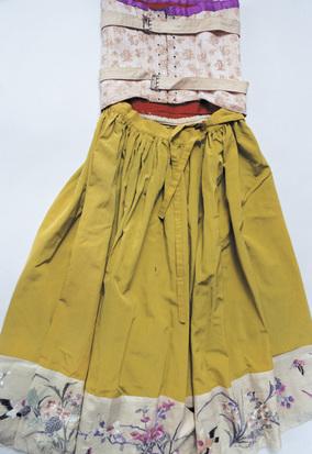 フリーダ・カーロの日常を紡ぐ、新たな写真展『Frida is』が開催。ファッションブランド〈mame〉デザイナー、黒河内真衣子 × 写真家、石内 都のトークイベント参加者受付中!